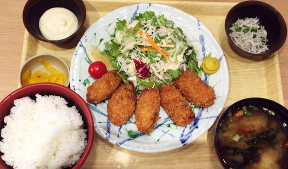広島産大粒カキフライ定食